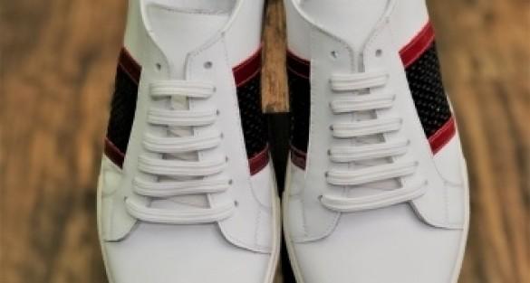 Pantofi de lux pentru barbati pot fi cumparati din magazinul Adinei Buzatu