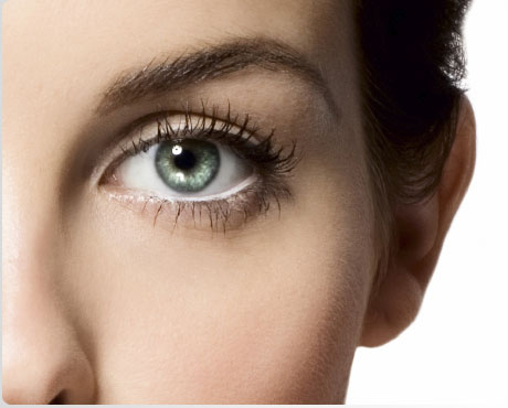 trattamenti-donna-occhi