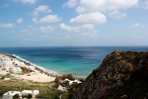 kamari-beach-santorini1